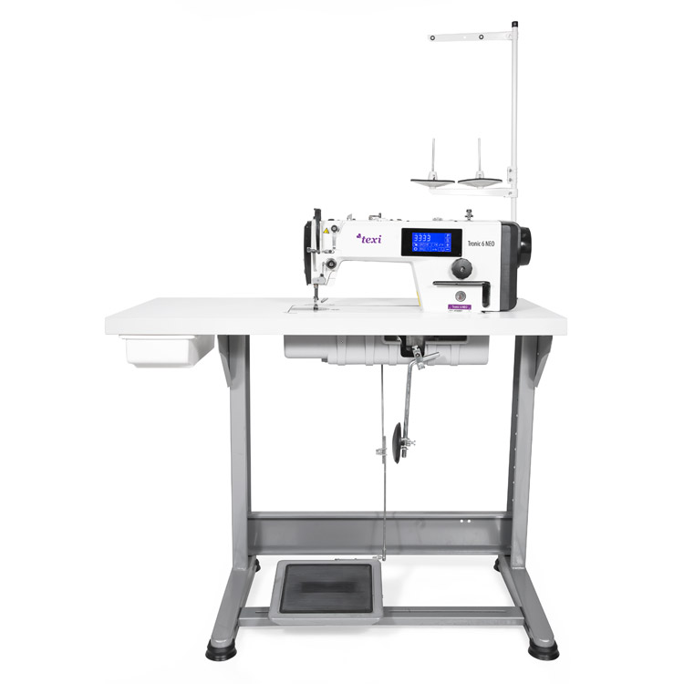 Automatic, mechatronic lockstitch machine with closed lubrication circuit and touch screen panel - the complete sewing machine - 2 years warranty